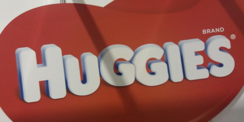 HUGGIES® е заедно с най-малките любители на представления
